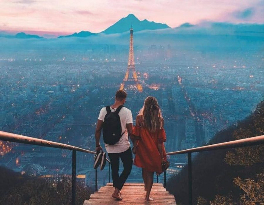 Paris-travellia